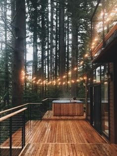 The Woodlands House is a Wedding Venue in Sandy, Oregon, United States. See photos and contact The Woodlands House for a tour. Cozy Cabin, Cozy Cottage, Cozy House, Cottage Ideas, Woodland House, Forest House, Cabins In The Woods, House In The Woods, House By The Lake