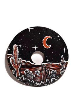 Desert Art Decor / Painted Vinyl Record / Retro Kunst / Natur Kunst / Kaktus Dekor / Mond Dekor / Sterne und Mond Kunst / Retro Kunst / Wohnheim Dekor / College - My Hand-Painted Vinyl Records - Etsy Retro Kunst, Retro Art, Record Wall Art, Cd Art, Desert Art, Moon Art, Vinyl Art, Canvas Art, Moon Decor