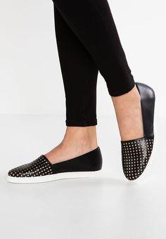 20+ bästa bilderna på Shoes | boots, kängor, skor
