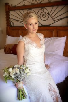 Gorgeous bride before her Arizona wedding at Tanque Verde Ranch. Photo by @lovemylifephoto
