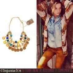 ¡Otro de nuestros fantásticos #collares de #estilo #étnico que enamora! Este #collar dorado de monedas y pompones de colores te convertirá en una reina egipcia del siglo XXI con su vistosidad y su alegría. Si quieres que todos te miren, ¡no esperes más y reserva el tuyo! ★ Precio: 19'95 € en http://www.conjuntados.com/es/collar-dorado-de-monedas-y-pompones-de-colores.html ★ #novedades #necklace #joyitas #jewelry #bisutería #bijoux #fashion #accesorios #complementos #moda #style…