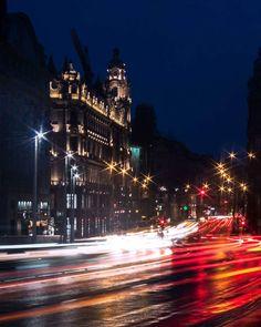 """44 kedvelés, 1 hozzászólás – Zoltán Bodnár (@z.bodnar) Instagram-hozzászólása: """"River of the light #photography #longexpo #longexposure #night #light #lightbeam #bulbmode #city…"""""""