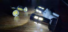 Lampu senja kota sein model lensa khusus mobil dan motor, dengan tegangan 12V.