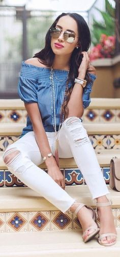 Off The Shoulder Chambray Top + White Ripped Denim Source Spring Summer Fashion, Spring Outfits, Summer Chic, What To Wear Today, How To Wear, Weekend Wear, Weekend Outfit, Chambray Top, Summer Wardrobe