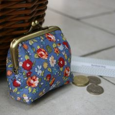 Small Handmade Coin Purse with kiss lock clasp by RachaelKayGifts, £8.50