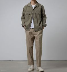 Creating the Men Minimalist Fashion Wardrobe Stylish Mens Outfits, Casual Outfits, Men Casual, Urban Outfits, Mode Outfits, Korean Fashion Men, Men Fashion, Fashion Shoes, Look Man