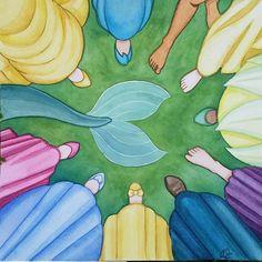 Bella, Ariel, Aurora, Cenicienta, Blanca Nieves, Mérida, Rapunzel, Dianna, ? , Pocahontas y Jazmín