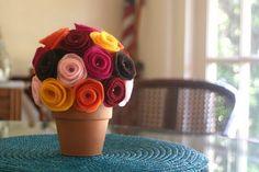 Felt flower pot