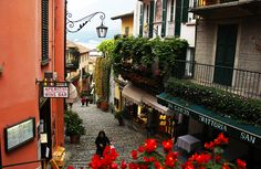 Itália - Roteiro de 1 Semana em Milão, Bergamo, Como, Bellagio, Chiavenna na região norte, Lombardia. Places To Travel, Places To Go, Ancient Ruins, Tuscany, Travel Tips, Beautiful Places, 1, Italy, World