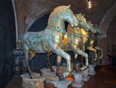 Gilded bronze horses (originals) from Basilica di San Marco Museo Marciano, Venezia, Italia. After the Fourth Crusade, Doge Enrico Dandolo sent the horses to Venice, where they were installed on the terrace of the façade of St. Mark's Basilica in 1254. The horses are thought to have first been made as part of a quadriga sculpture group at Constantinople Hippodrome. Italy Vacation, Vacation Trips, Italy Destinations, Riders On The Storm, Venice Travel, Italy Tours, Horse Sculpture, Horse Art, Venice Italy