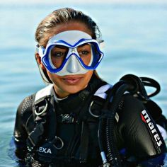 Scuba Diving While Vacationing in Mexico Diving Suit, Scuba Diving Gear, Scuba Diving Lessons, Diving School, Mermaid Cove, Scuba Girl, Womens Wetsuit, Mexico Vacation, Diving