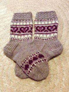 Crochet Socks, Knitting Socks, Knit Crochet, Knitting Projects, Knitting Patterns, Baby Socks, Marimekko, Fun Projects, Fingerless Gloves