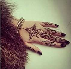 I want to do Henna... it's so beautiful