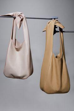 hobo purses and bags Hobo Purses, Purses And Handbags, Tote Handbags, Brahmin Handbags, Fossil Handbags, Gucci Handbags, Replica Handbags, Leather Hobo Handbags, Leather Bag