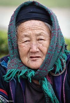 Elderly Hmong woman - Sapa, Vietnam | by Phil Marion