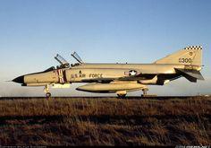 McDonnell Douglas F-4E Phantom II aircraft picture
