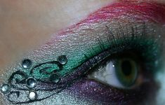 http://www.flickr.com/photos/wisely-chosen....i want to do something like this for my mascarade party this summer