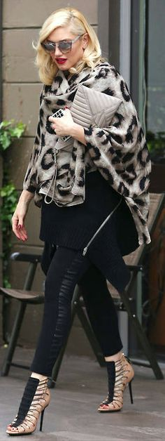 StreetStyle Gwen Stefani, love them shoes, the shoes , oh my the SHOES !!!
