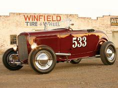 1932 highboy roadster  SWEET !