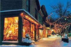 #Love the look of snow and the Christmas lights against the old store fronts.  Charming shopping village nestled in Ellicottville, NY.  Ellicottville NY in Niagara Frontier People Places Biz   Share, like    Gracias    http://www.linksbuffalo.com/place/five-points-bakery/