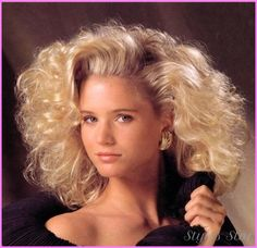 80S Hairstyles Enchanting 19 Awesome '80S Hairstyles You Totally Wore To The Mall  Pinterest