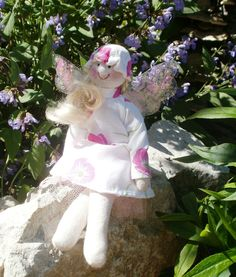 Summer angel Hand Sewing, Garden Sculpture, Harajuku, Angel, Outdoor Decor, Summer, Handmade, Style, Sewing By Hand