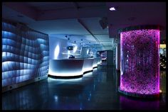 Exotic And Colorful Nightclub Design By Tomas Alia Exotic And Colorful Nightclub Design By Reina Bruja with artistic decor – Best Home Interior Design Lounge Bar, Lounge Club, Lounge Design, Design Hotel, Cafe Bar, Restaurant Design, Restaurant Bar, Bar Interior, Interior Design