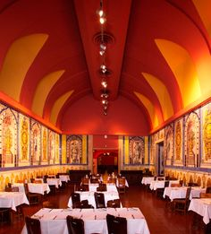Cervejaria Trindade Portuguese, Places To Go, Canning, Drinks, Building, Monuments, Destinations, Tiles, Restaurants