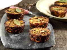 From the YOU test kitchen: Bobotie cups Mince Recipes, Cooking Recipes, Yummy Recipes, Healthy Recipes, Bobotie Recipe South Africa, Kos, Ma Baker, Minced Meat Recipe, Cafeteria Food