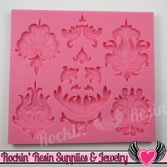 Damask Pattern Silicone Mold Damask pattern silicone mold made from food safe material and can be used with so many mediums from chocolate and fondant to polymer clay and resin. ★Measurement: For refe