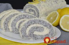 Pokud máte v lednici odložené vaječné bílky a nevíte co s nimi, připravte… Hungarian Desserts, Cookie Recipes, Dessert Recipes, Eastern European Recipes, Homemade Sweets, Different Cakes, Cupcakes, How Sweet Eats, Something Sweet