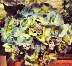 Hydrangea rhinestone chignon bouquet