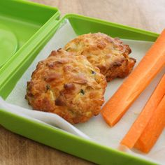 Kids dinner - cheesy puffs - These were so yummy. My toddler loved them and so did I. I skipped the green onions and added ham, 1 grated carrot and a pinch of salt. Easy quick meal for kids, loaded with vegetables.
