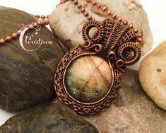 Oxidized Copper Wire Woven & Round Golden Labradorite Pendant