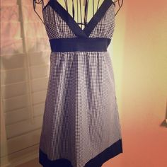 Forever 21 halter top dress Forever 21 blue halter top summer dress, ties on back, can also be used as a swimsuit cover up. Forever 21 Dresses