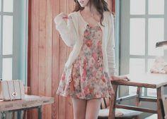 floral w cardigan