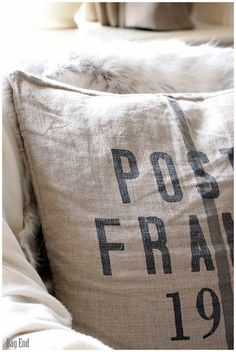 Linen H&M cushion cover