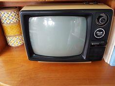 Details about Vintage Retro Portable TV - Sanyo 12 T280 | tv