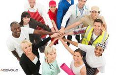 Finanziamenti nuove imprese Legge 236 è uno strumento pensato al fine di favorire lo sviluppo delle imprese giovanili di servizi all'interno delle aree svantaggiate del paese.  Lo Stato finanzia quelle aziende impegnate nel settore dei servizi alle imprese e a soggetti privati: – devono essere Snc, Sas, Srl, Spa, Sapa o società cooperative; – società composte esclusivamente tra giovani compresi tra i 18 e i 35 anni d'età  http://www.agevolo.com/it/?p=1495