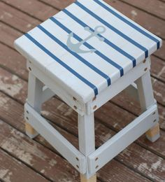 This Nautical Painted Stool Tutorial is both trendy and chic for the summer season!