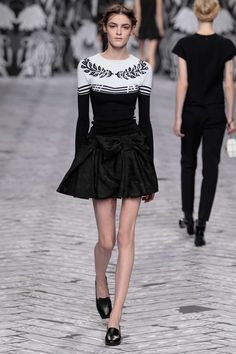 Viktor & Rolf - Look 6 from Collection Ready-to-wear 2013
