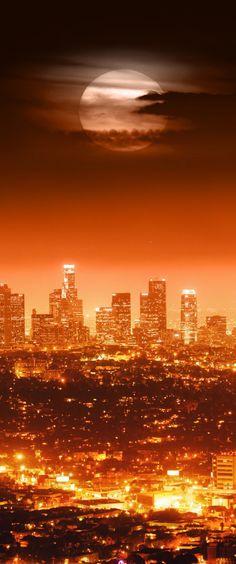 Full moon, Los Angeles, California