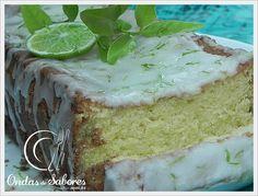S abe aquele bolo bem simplinho que todo mundo conhece e acaba fazendo sem pestanejar, num piscar de olhos? Então, esse Bolo de Limão é...