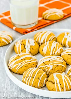 These Cakey Eggless Pumpkin Cookies are melt-in-your-mouth soft and loaded with warm spices! Every bite is an explosion of fall flavors. Simply irresistible! @mommyhomecookin #recipe #eggfree #eggless #egglessbaking #eggallergy #pumpkin #soft #cookies #easy #dessert