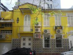 Panoramio - Photos by Ivo Korytowski > casas em Copacabana - houses in Copacabana