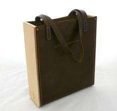 94c37308561a Лучших изображений доски «Сумки кожа дерево»  63   Leather craft ...