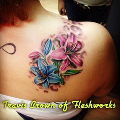 #FleshworksTattooStudio#Olympia#WA#flowers#colortattoo#pretty#girlswithtattoos#TravisBrown