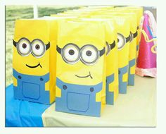 Souvenir minium papel