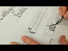 Tutorial for the humanist/italic script from Expert Village. Free to share on social media. Italic Hand Calligraphy: Lowercase Letters : Letter Guidelines for Itali...