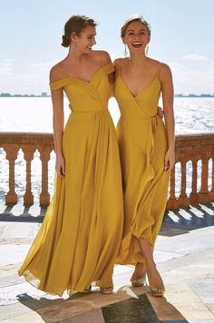 Yellow Bridesmaid Dresses, Bridesmaid Dress Styles, Wedding Bridesmaids, Bridesmade Dresses, Prom Dresses, Wedding Dresses, Infinity Dress, Chiffon Gown, Fashion Mode